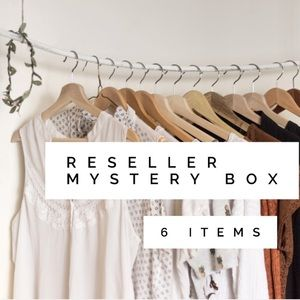 Reseller Mystery Box 6 Items